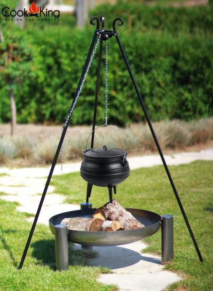 Schwenkgrill 180 cm mit Afrikanischem Gusseisenkessel 13L und 70cm Feuerschale